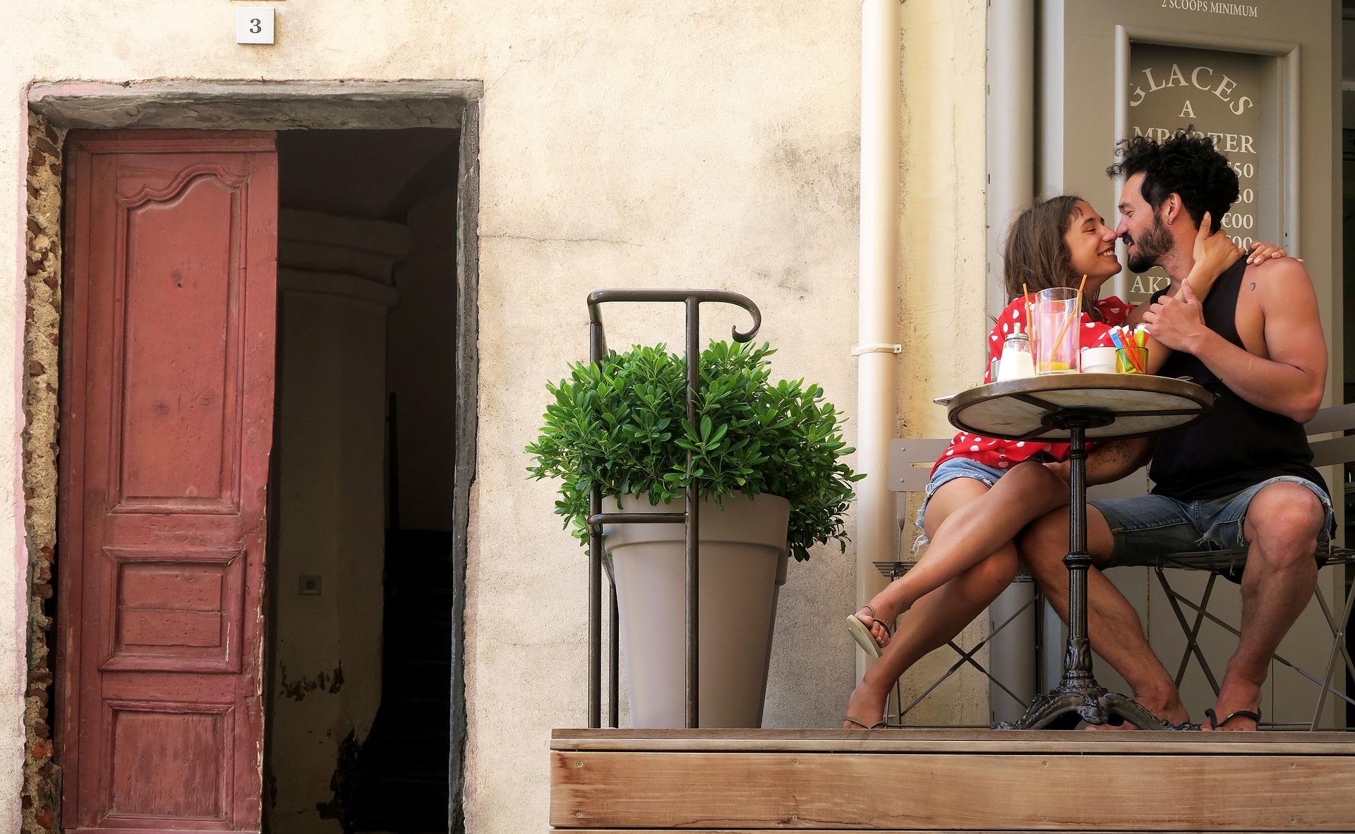 randki SMS-y i zasady połączeń 100 darmowych serwisów randkowych we Francji